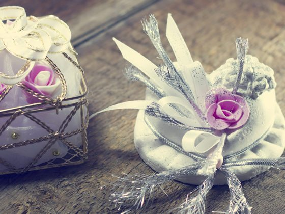Innovative and original wedding favours for your wedding barn guests