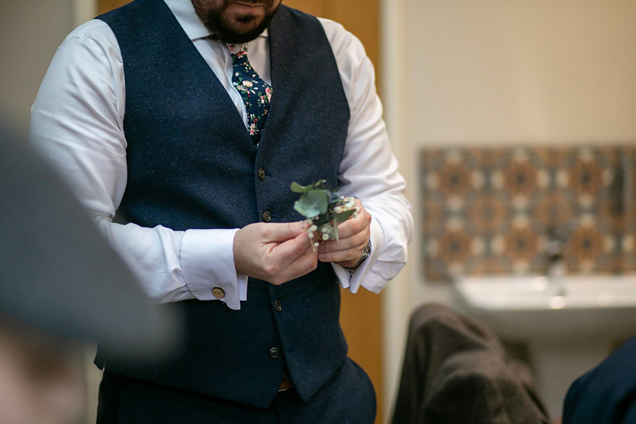 Groom prep and buttonholes Tower Hill Barns dressing room, Adam Joe Roberts Photography